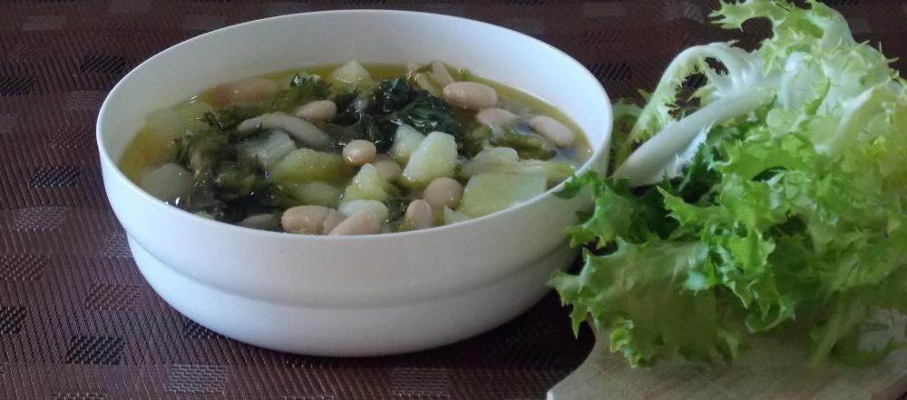 Zuppa di Scarola, Fagioli e Patate