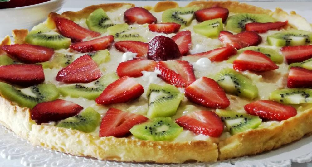 Crostata di Fragole e Kiwi con Crema Pasticcera