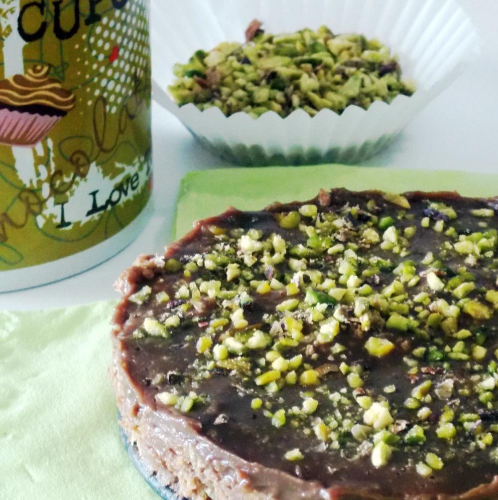 Torta Fredda al Cioccolato con Granella di Pistacchi