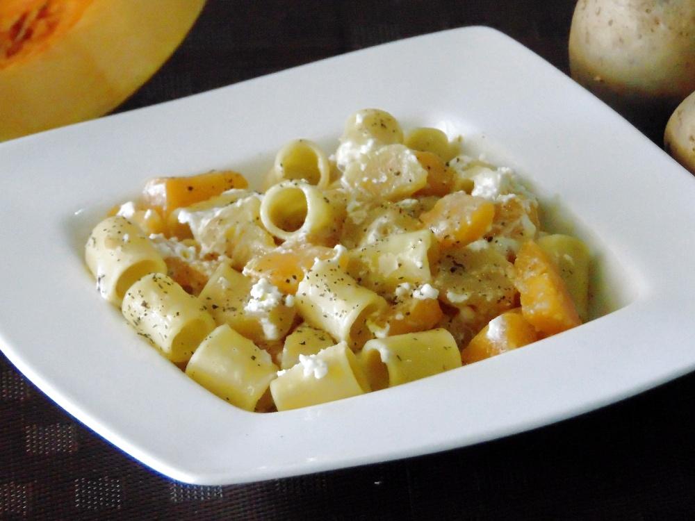 Pasta con Zucca, Patate e Ricotta
